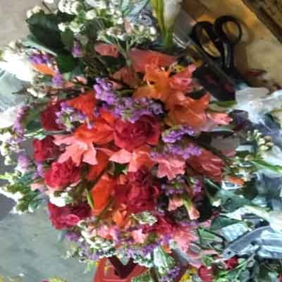 Real Flower table  bouquet price 1000